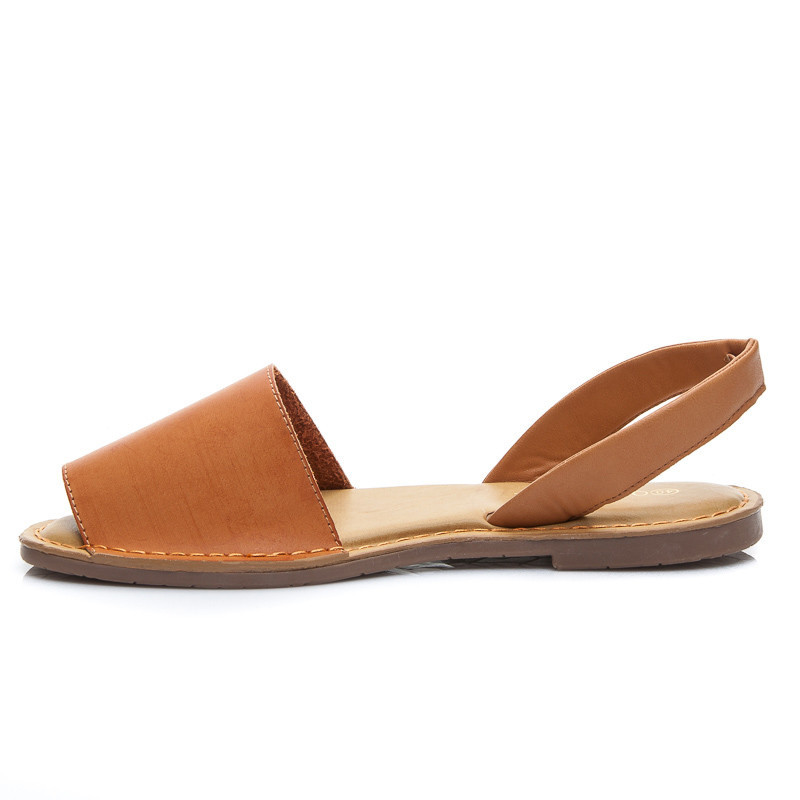 FLAT SUMMER SHOES