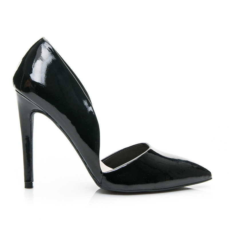 SZPILKI ASYMMETRIC POINTED HEELS