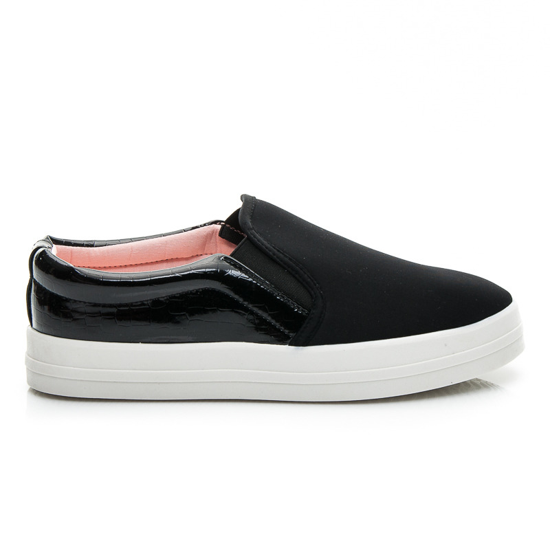 TRAMPKI TRENDY SLIP ON